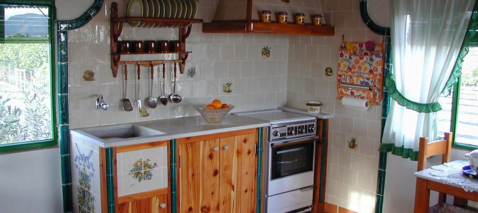 Azulejos de cocina artesanales xavier claur galer a 3 - Tapar azulejos cocina ...